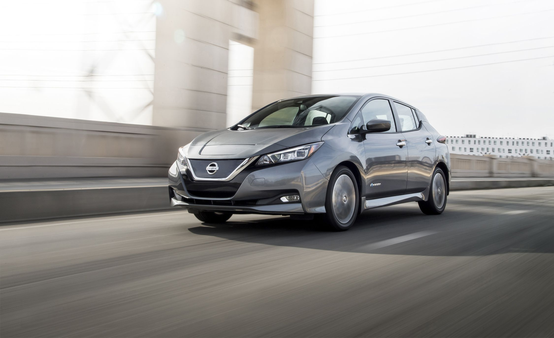 Name:  2018-nissan-leaf-test-review-car-and-driver-photo-702887-s-original.jpg Views: 367 Size:  221.3 KB